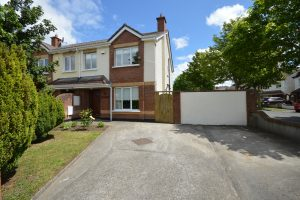 94 Earlsfort Road, Lucan, Co Dublin